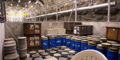 Lagring av radioaktivt avfall i Himdalen. Dette deponiet er nå mer enn 60 prosent fylt opp og avviklingen av reaktoren i Halden vil øke avfallsmengden hit. Altså trengs det et nytt deponi om ikke veldig mange år.