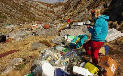 Utgifter til å bli kvitt avfallet fra strandryddeaksjonene dekkes av en refusjonsordning, men den omfatter ikke avfall fra ryddeaksjoner på land. Foto Bo Eide
