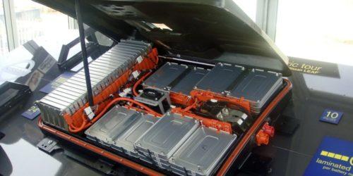Rundt 8000 tonn slike batterier årlig er det meningen å demontere til gjenvinning ved pilotanlegget på Øra.