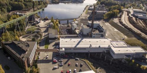 Det har gått tregt med nyetableringer på Follum ved Hønefoss etter at Norske Skog la ned papirproduksjonen der i 2012. Men nå er det godt håp om at det etableres produksjon av biokull på området.