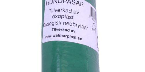 DÅRLIG LØSNING: Hundeposer av nedbrytbar plast er ikke noen god idè, ifølge forskerne som nylig har avlevert en rapport til EU-kommisjonen.