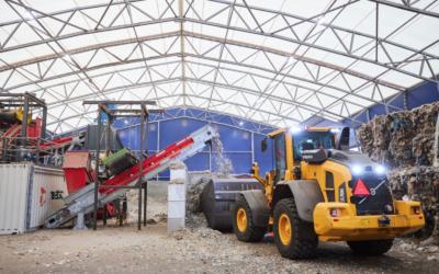 Her ved Geminors nye anlegg i Ålborg skal det produseres 40 000 tonn avfallsbrensel årlig, og alt skal brukes ved sementfabrikken Aalborg Portland. Foto: Johny Kristensen.