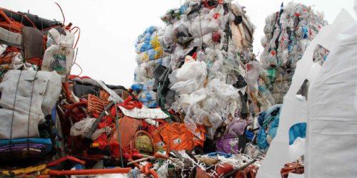 Fortum skal finne ut om kjemisk gjenvinning egner seg for blandede plastfraksjoner som ikke lar seg gjenvinne mekanisk.