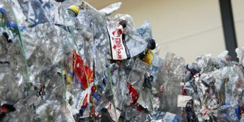 Tall fra Infinitum viser at det ble pantet over 585 millioner flasker i Norge i 2020