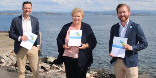Både bistandsminister Dag-Inge Ulstein, statsministeren og klima- og miljøminister Sveinung Rotevatn hadde tatt turen til Vindenes på Sotra for å lansere regjeringens plaststrategi.